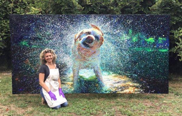 iris scott dipinge il cane