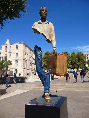 catalano-traveller-scultura-bronzo-marsiglia