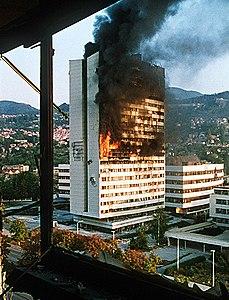 Sarajevo parlamento in fiamme