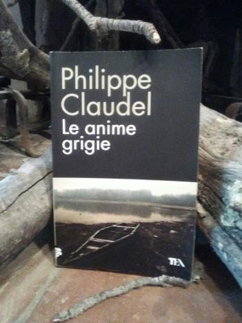 Claudel anime grigie