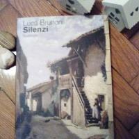 Luca Brunoni, Silenzi. Misteri e segreti di un tranquillo villaggio di montagna