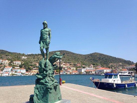 itaca statua di Ulisse