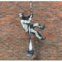Banksy: è sua l'opera apparsa al carcere di Reading?