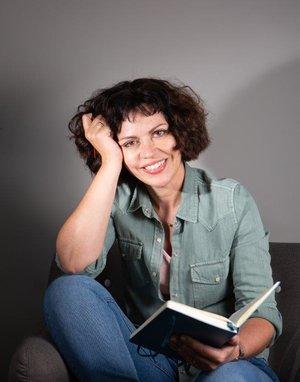 Karen+Powell+author+pic
